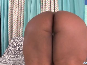 Huge Boobs Fat Ebony Olivia Leigh Goes to Town on White Dick