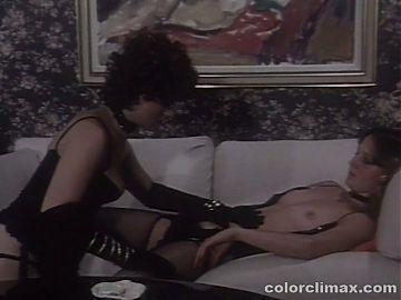 Interracial Lesbian Retro Scene